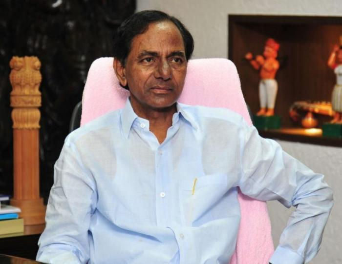 Why KCR keeps away from anti BJP show at Bengaluru?