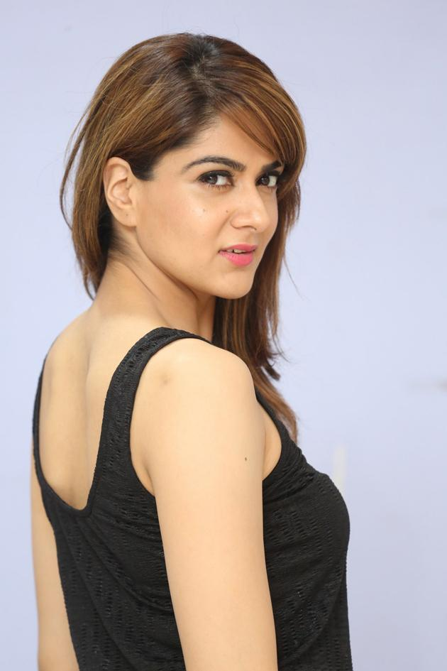 Sakshi Chowdary New Photos