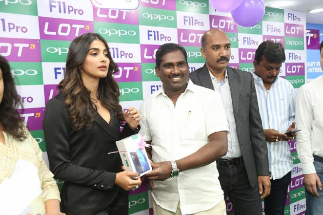 Pooja Hegde Launches OPPO F11 Pro Mobile Photos