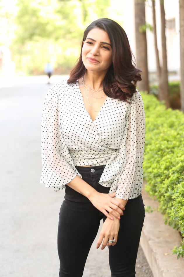 Samantha Akkineni New Pics