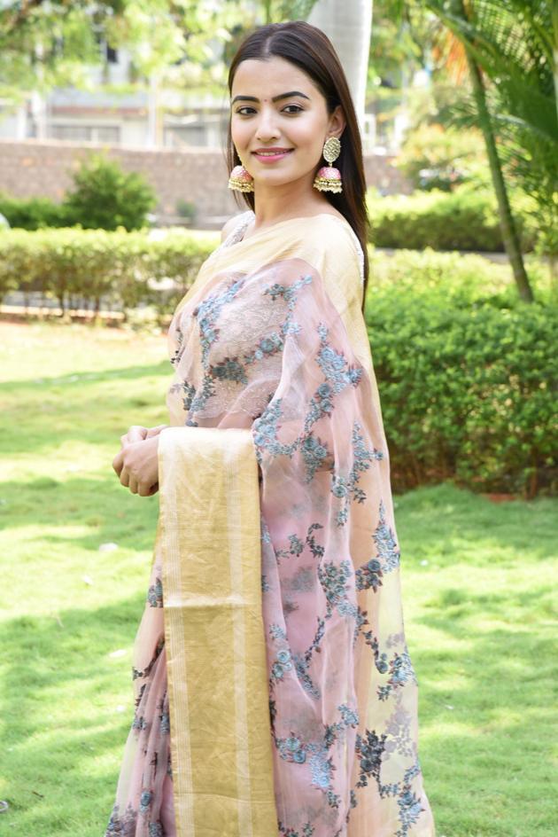 Rukshar Dhillon New Pics