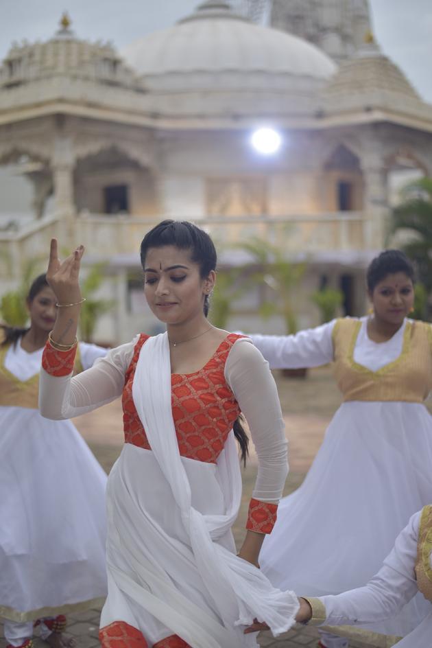 Geetha Chalo Movie Stills
