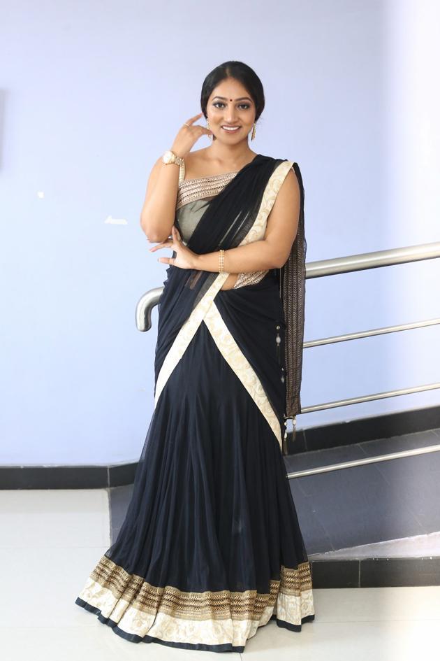 Bommu Lakshmi Photos
