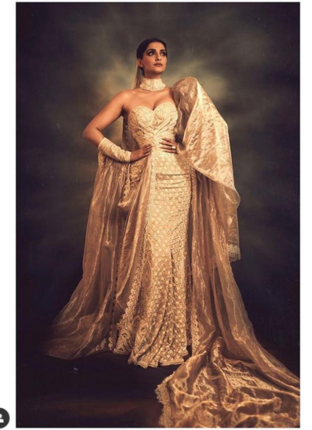 Sonam Kapoor Insta Pics