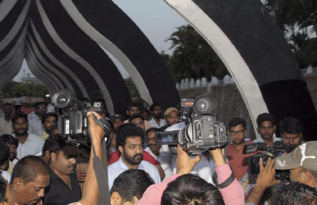 Jr NTR and  Kalyan Ram Pays Tribute To NTR At NTR Ghat Photos
