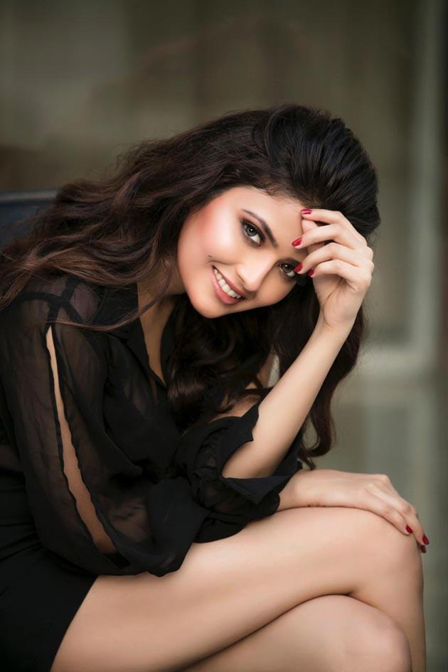 Actress Shirin Kanchwala Photos