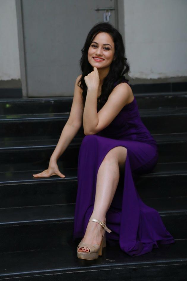 Urvashi Pardeshi Latest Photos