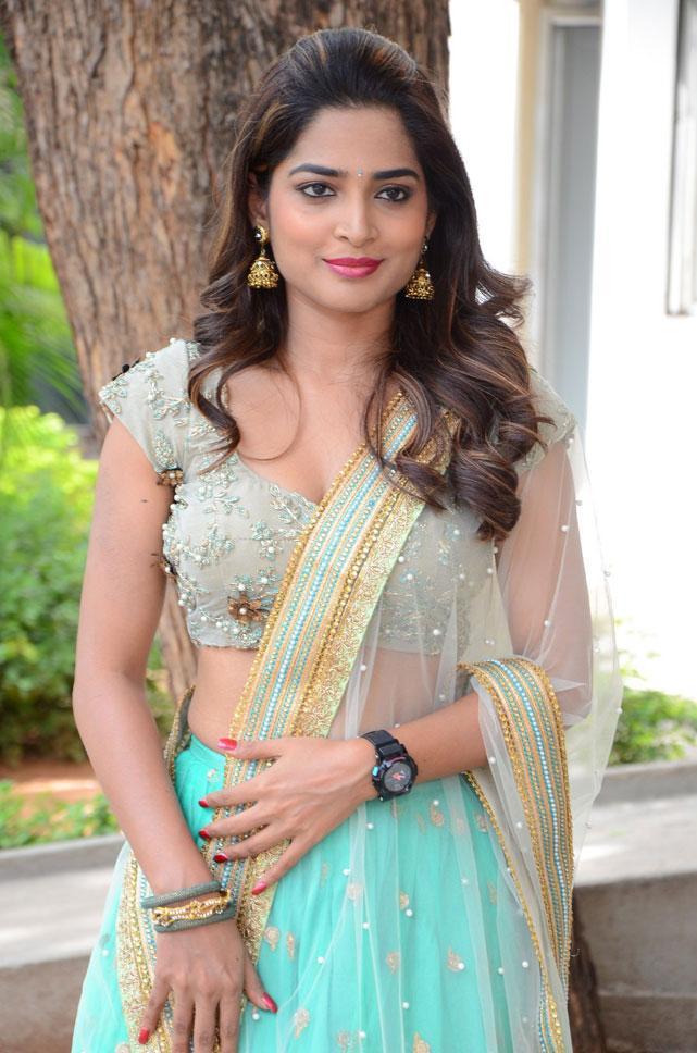 Actress Anagha Latest Photos