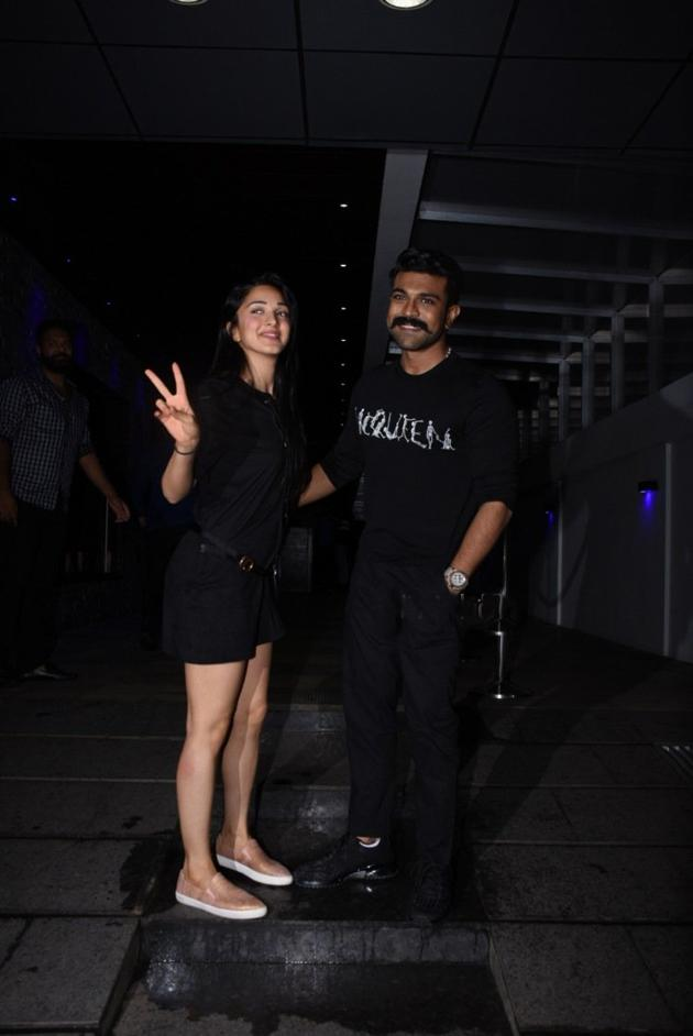 Ram Charan and Kiara Advani snapped in Mumbai Photos