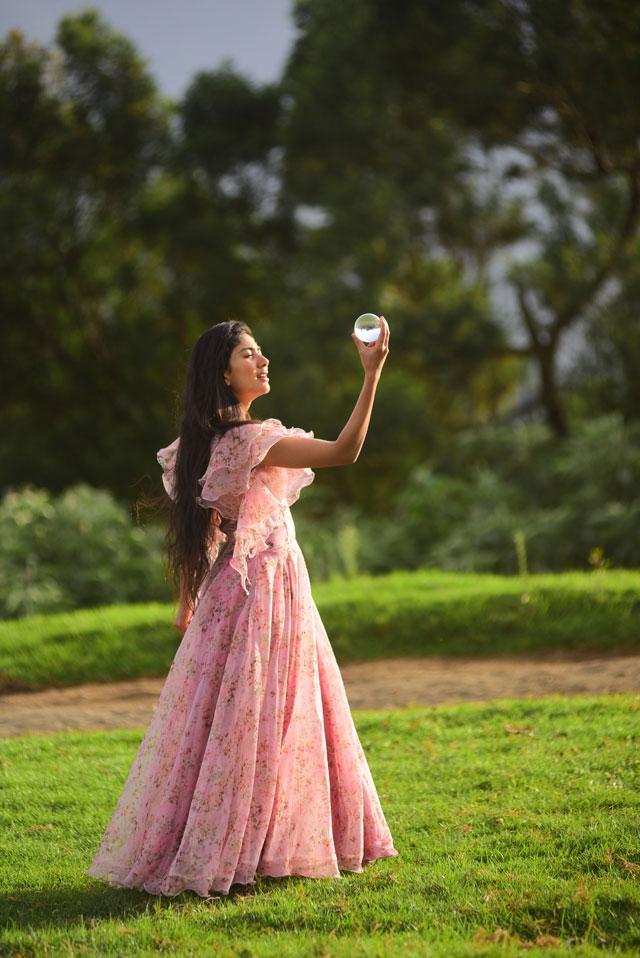 Sai Pallavi Anukoni Athidhi Movie Photos