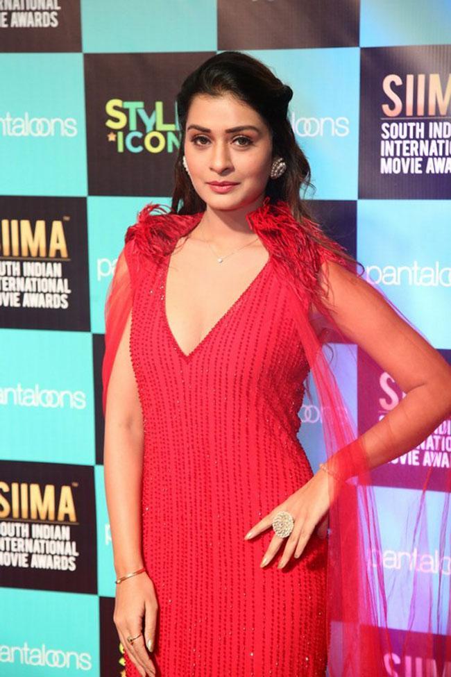 Payal Rajput at SIIMA Awards