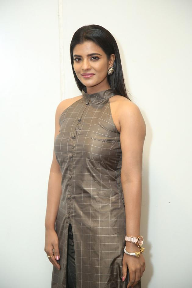 Aishwarya Rajesh Latest Pics