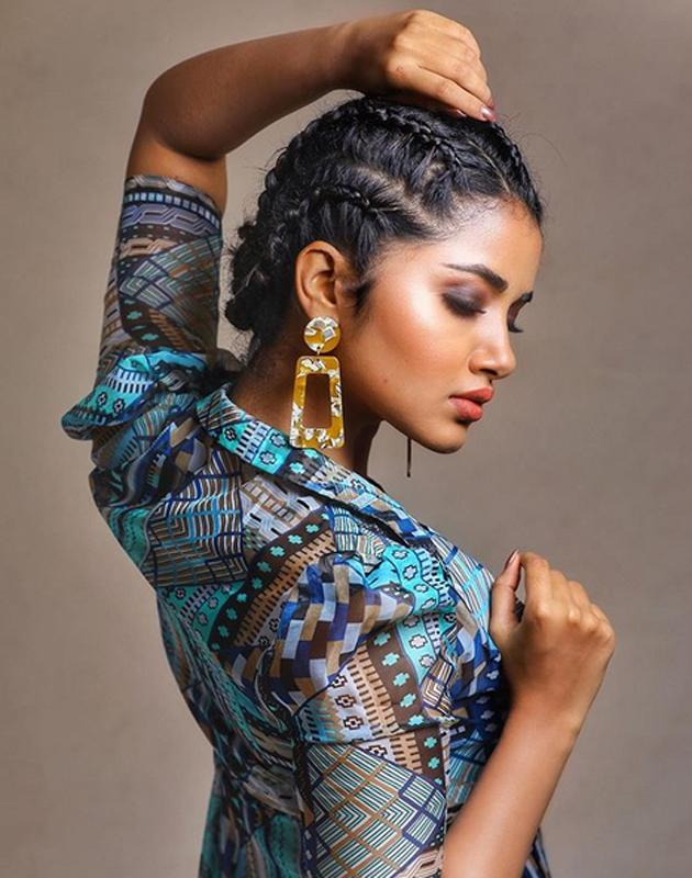 Anupama Parameswaran Latest Pics