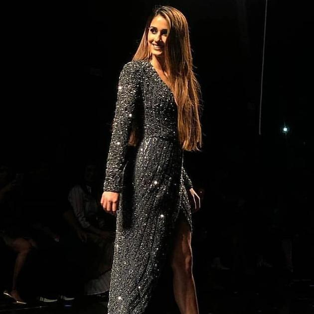 Disha Patani walks the Ramp At Lakme Fashion Week Photos