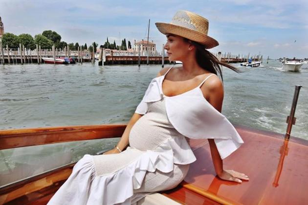 Amy Jackson Pregnancy Photos