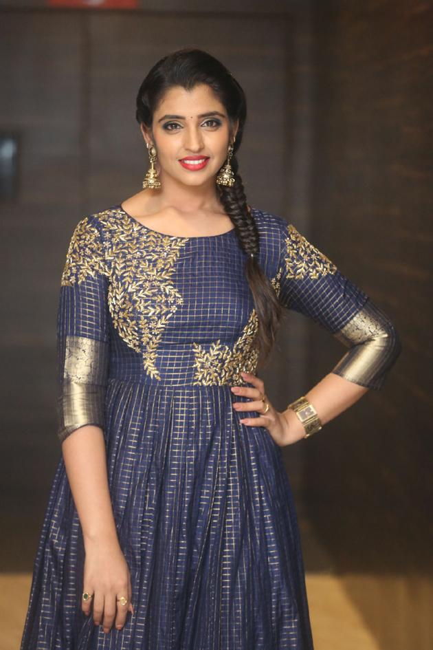 Anchor Shyamala Pictures
