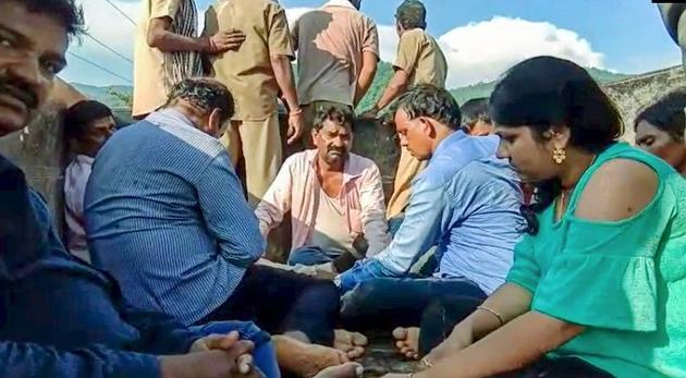 Boat Accident in River Godavari Near Papikondalu Photos