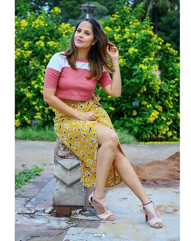 Anasuya Bharadwaj Pics