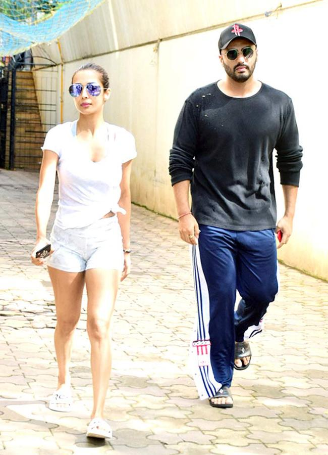 Lovely Couple Arjun Kapoor And Malaika Arora Spotted At Clinic In Juhu