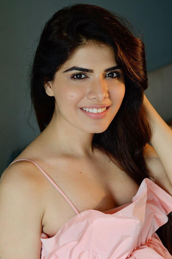 Actress Twinkle Saaj Stills