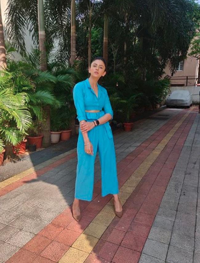 Rakul Preet Singh Crazy Photoshoot