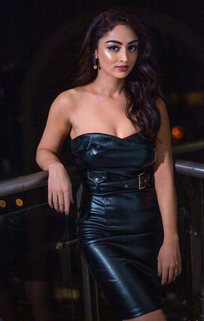 Sandeepa Dhar Awesome Photoshoot Stills
