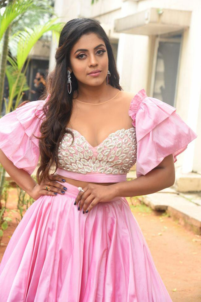 Actress Iniya Latest Photos