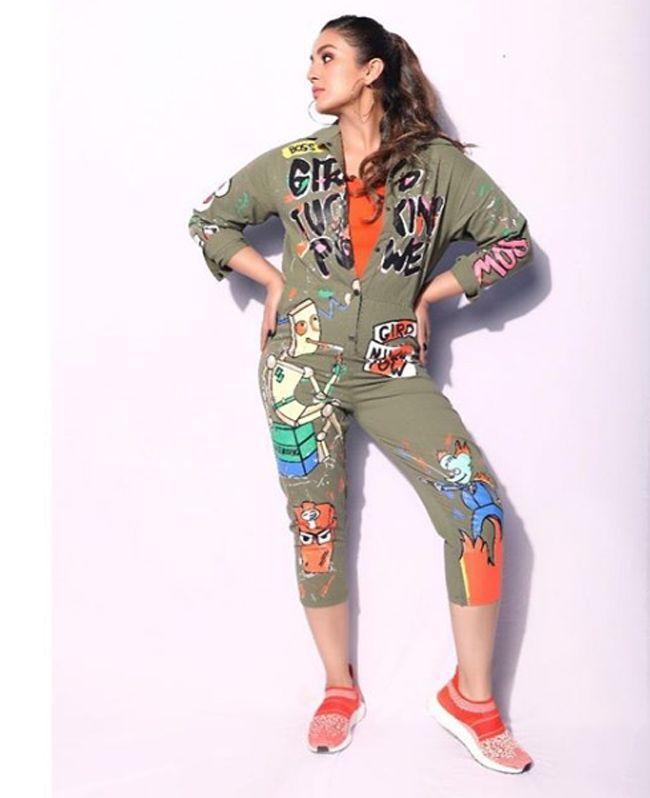 Huma Qureshi Trendy Stills