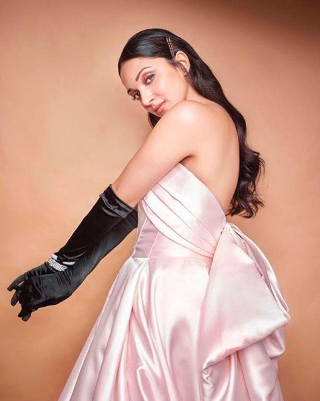 Kiara Advani Awesome Photoshoot