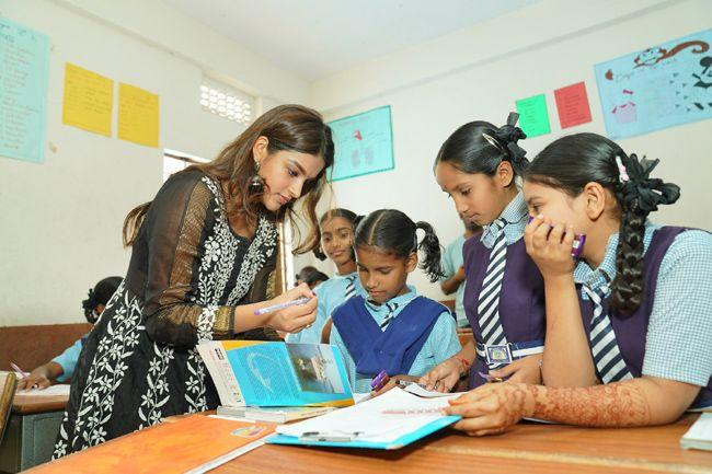 Actress Nidhhi Agerwal Teaches English To Pega Teach For Change