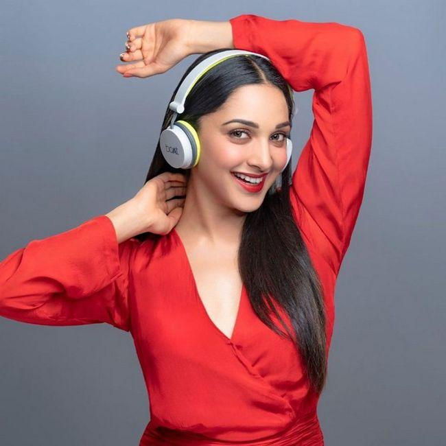 Kiara Advani Latest Awesome Stills