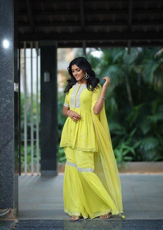 Eesha Rebba New Trendy Clicks