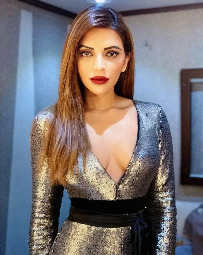 Latest Pics Of Shama Sikander