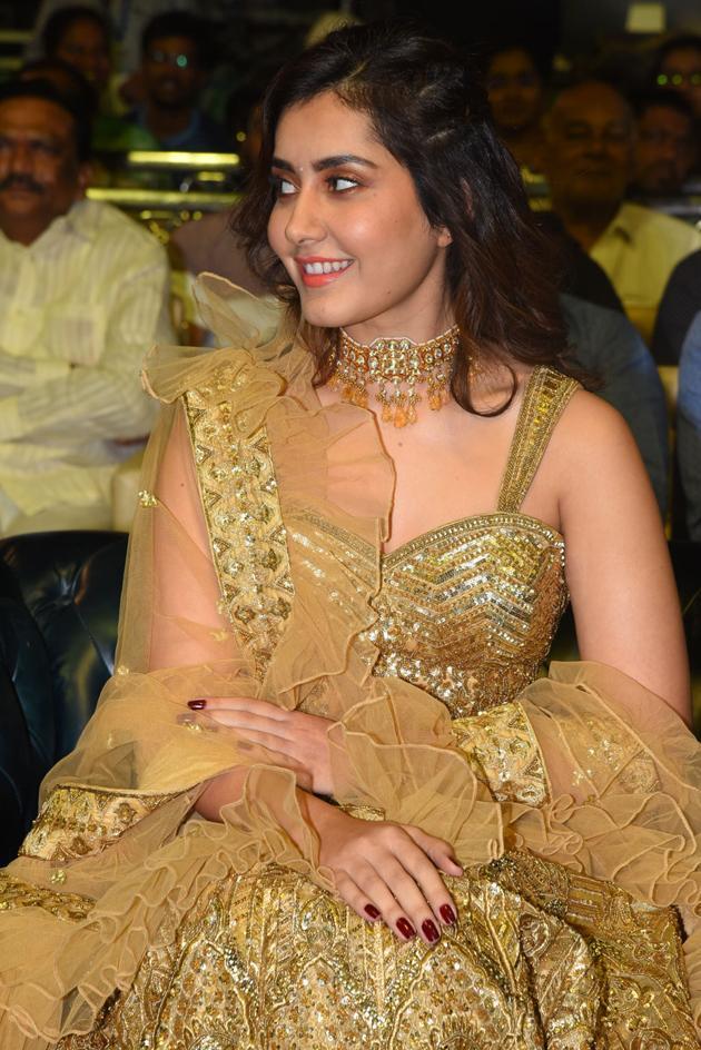 Raashi Khanna At Venky Mama Pre Release Event Photos