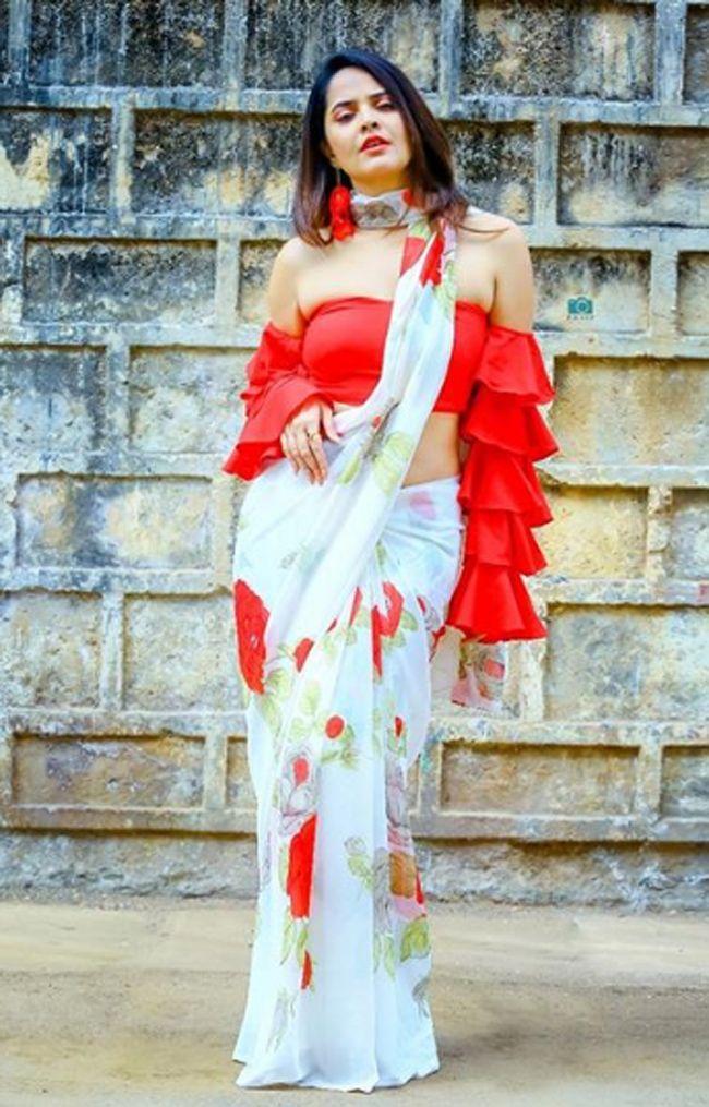 Anasuya Bharadwaj Latest Awesome Pics