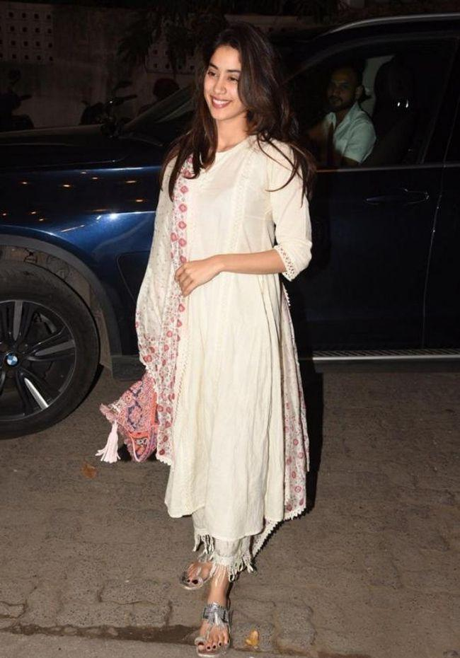 Janhvi Kapoor Looking Charming In White