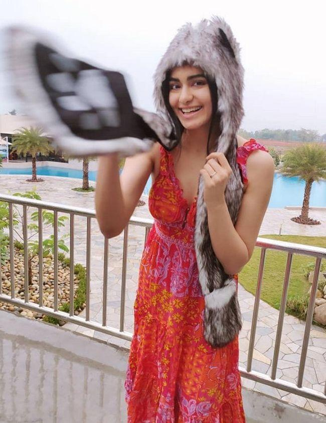 Adah Sharma Latest Amazing Photoshoot Pics