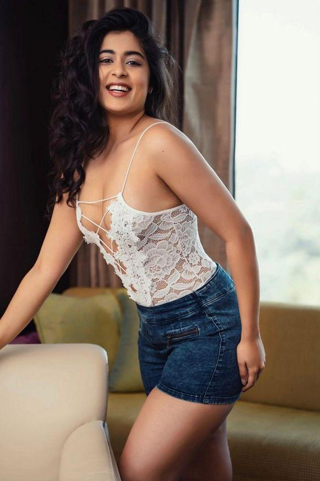 Naughty Girl Nikita Sharma Photoshoot