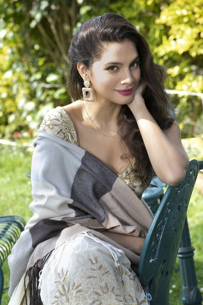 Tanya Hope Photoshoot Pictures