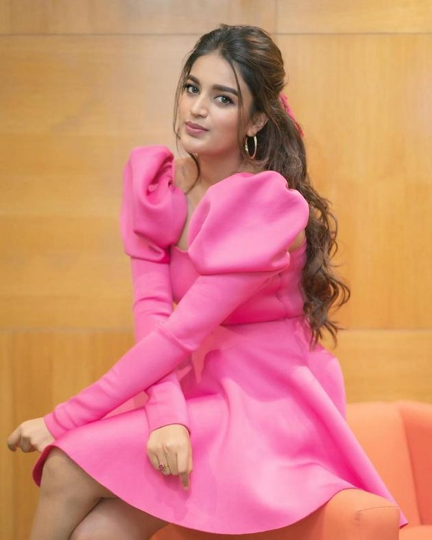 Nidhhi Agerwal Latest Glamourous Pics