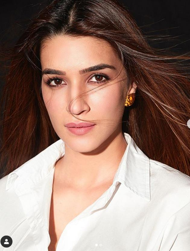 Kriti Sanon Latest Photo Shoot