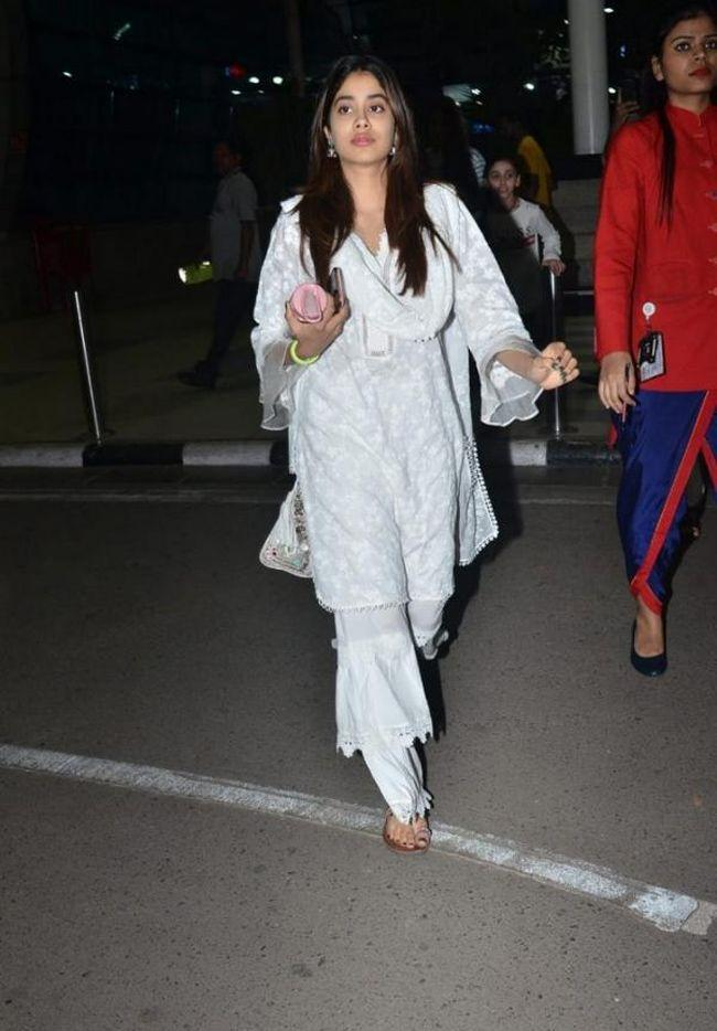 Janhvi Kapoor Spotted At Mumbai Airport In Simple White Ethnic Look