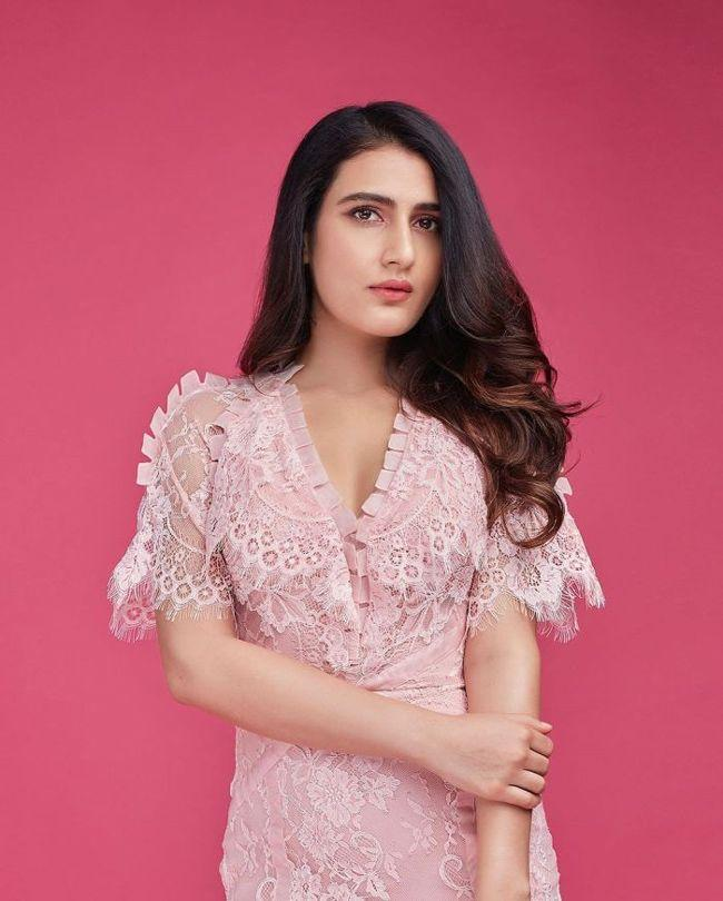 Fatima Sana Shaikh Looking Pretty