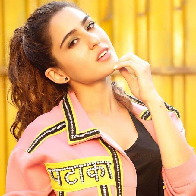 Sara Ali Khan Amazing Looks