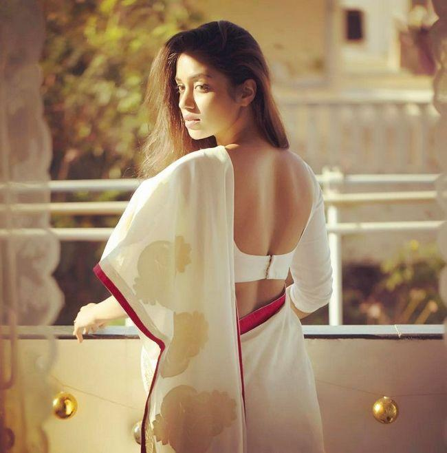 Nivetha Pethuraj Captivating Pictures