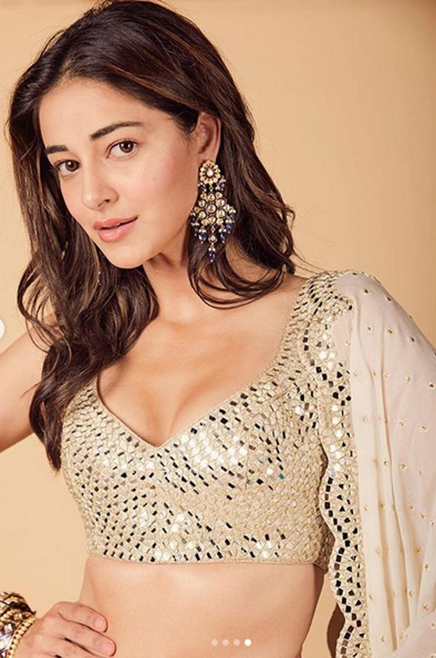 Ananya Pandey Glamourous Photos