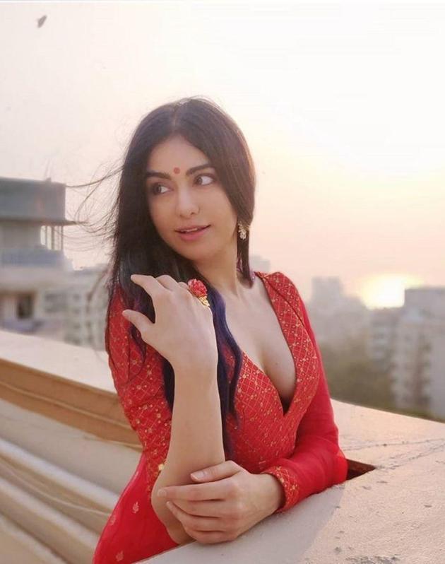 Adah Sharma glamourous Stills