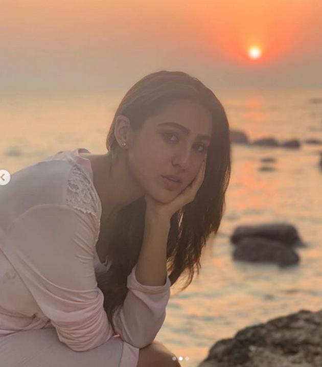 Sara Ali Khan Pics