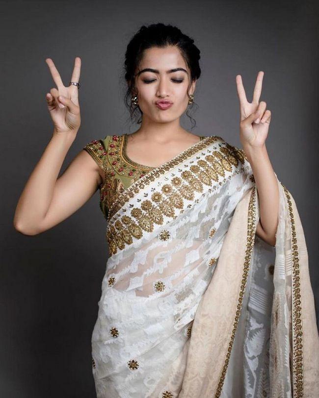 Rashmika Mandanna Looking Beautiful