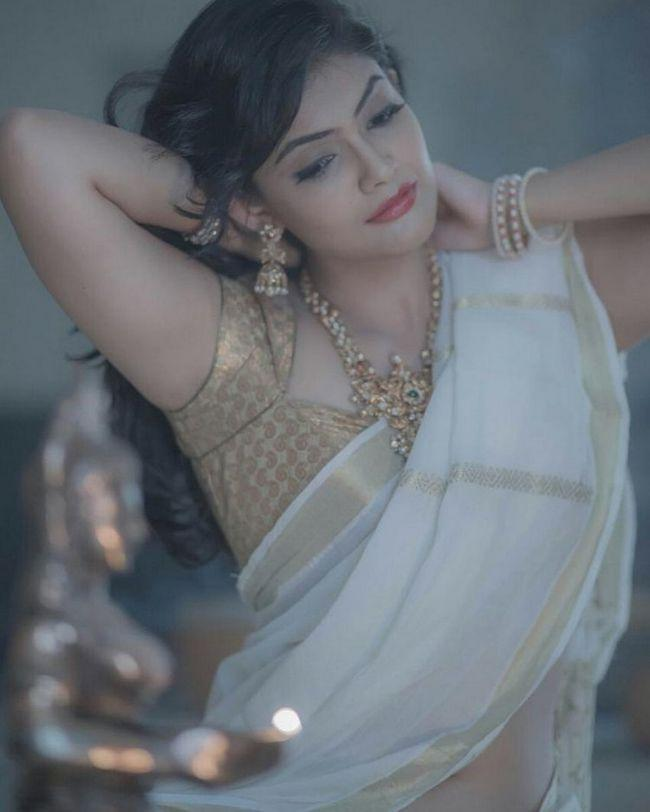 Kalpika Ganesh Looking Sizzling